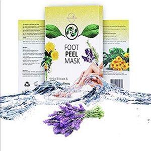 Exfoliating Foot Peel Mask 2 Sets (4)